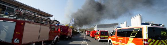 Die Feuerwehr Wuppertal war mit den Löschzügen Barmen, Langerfeld, Nächstebreck, Vohwinkel und dem Umweltschutzzug in Sprockhövel im Einsatz.