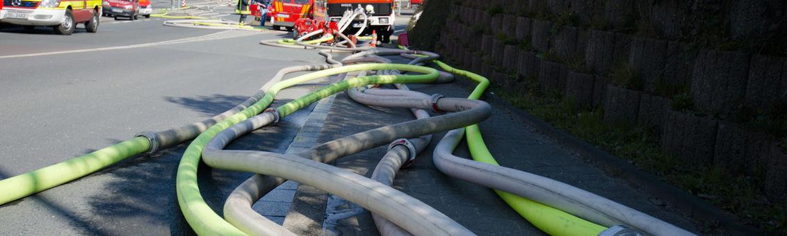 Die Vohwinkeler verlegten in Windeseile über 2000 Meter Schlauchleitung.